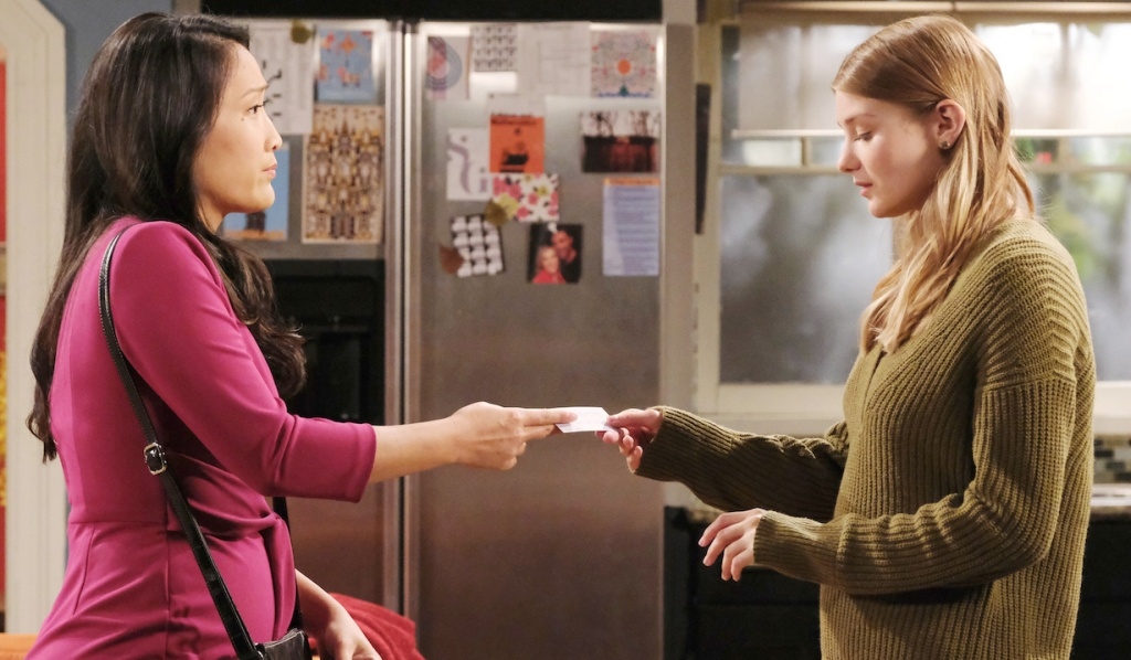 Trask gives Allie her card on Days of Our Lives