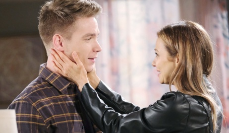 Ava and Tripp meet on Days of Our Lives