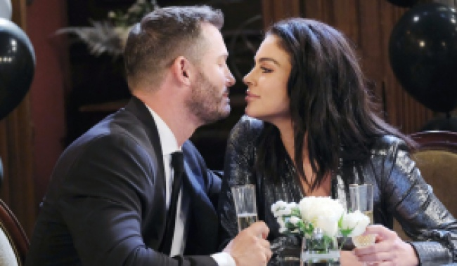 Brady and Chloe lean in close on Days of Our Lives