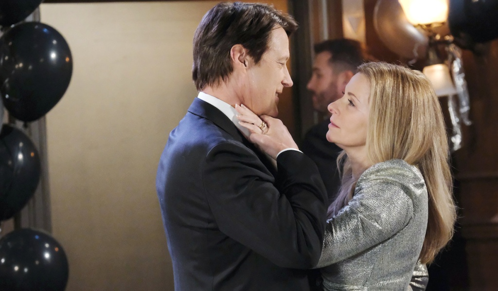 Jack and Jennifer in a close New Year's Eve moment on Days of Our Lives