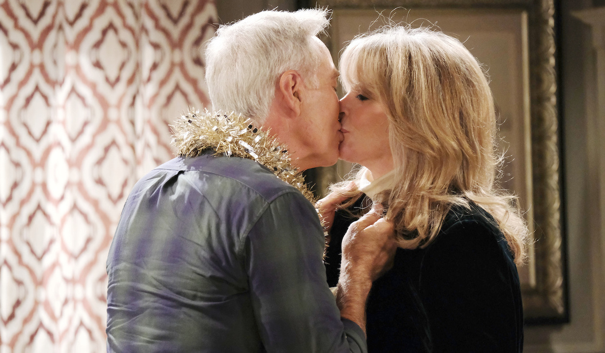 John kisses Marlena on Days of Our Lives