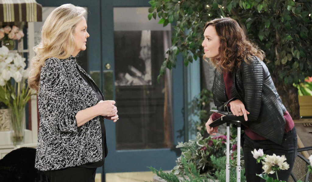 Gwen and Anna confrontation in Horton Square on Days of Our Lives