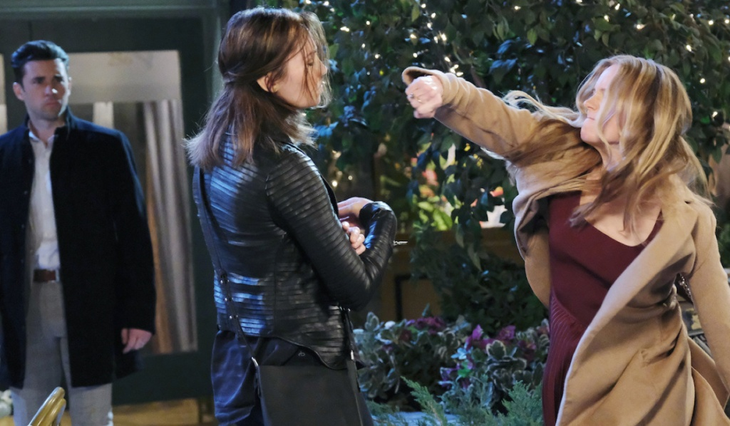 Abigail punches Gwen on Days of Our Lives