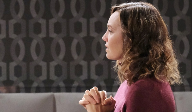 Gwen tells Jack about her mother on Days of Our Lives