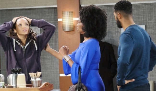 Val tries to calm down Lani on Days of Our Lives