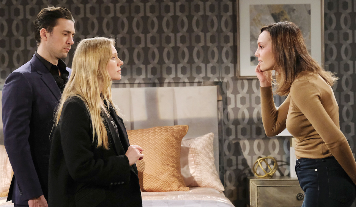 Abigail tells Gwen most of the truth on Days of Our Lives