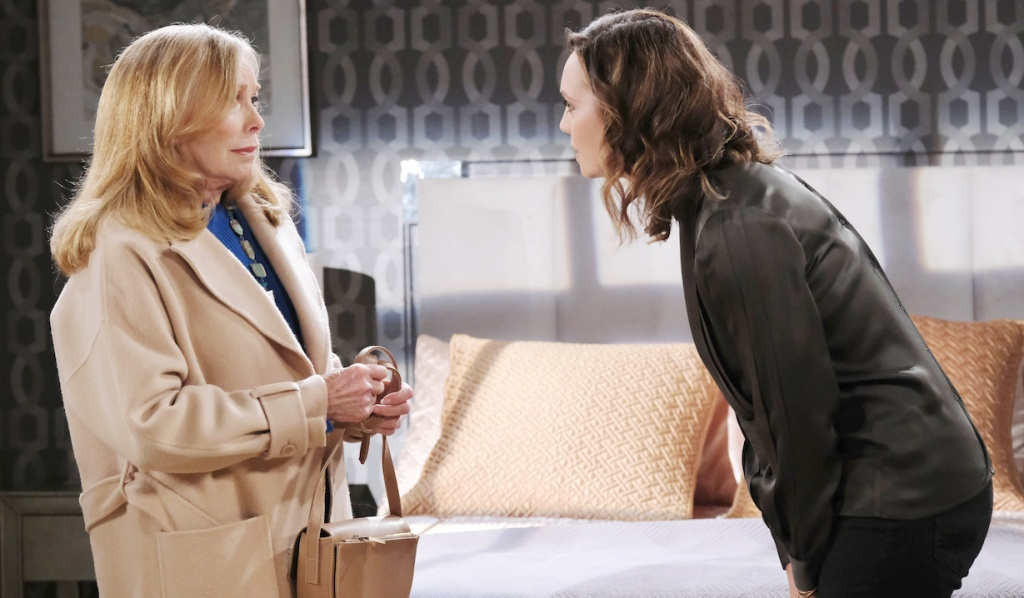 Gwen confronts Laura on Days of Our Lives