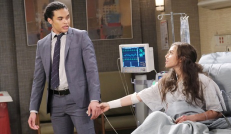 Ciara grabs Theo's hand in the hospital on Days of Our Lives