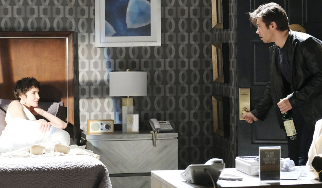 A drunk Xander sees a vision of Sarah in his bed on Days of Our Lives