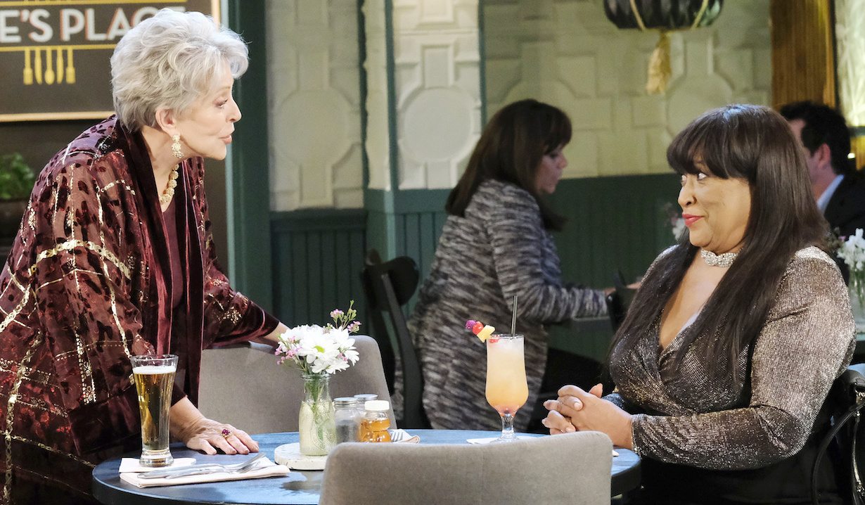 Julie and Paulina talk at Julie's Place on Days of Our Lives