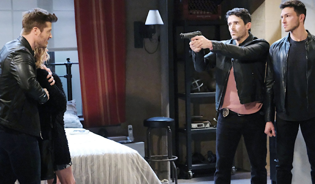 Shawn points gun at Evan holding Claire captive on Days of Our Lives