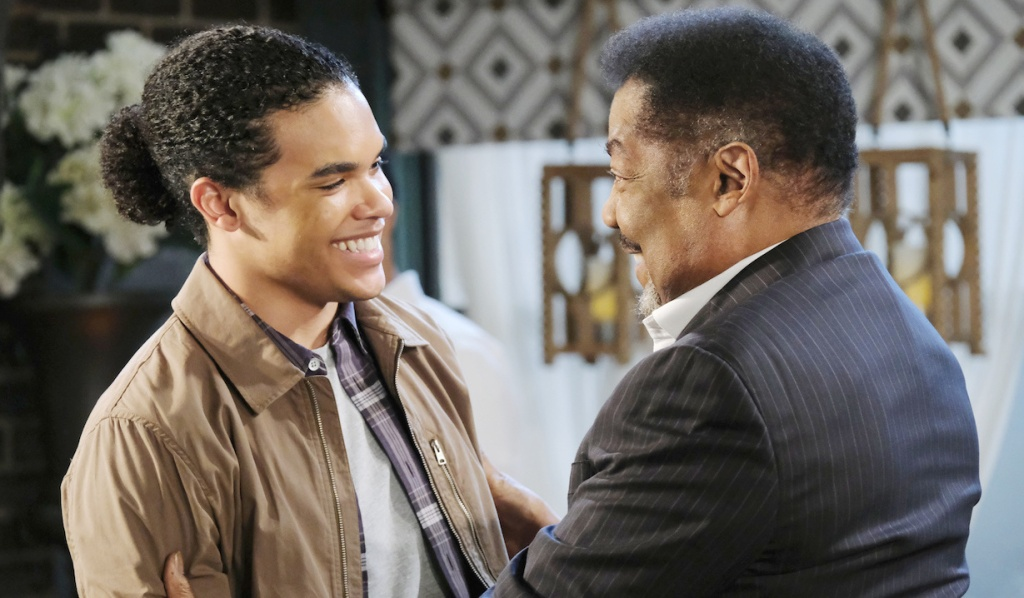 Theo and Abe reuinte on Days of Our Lives