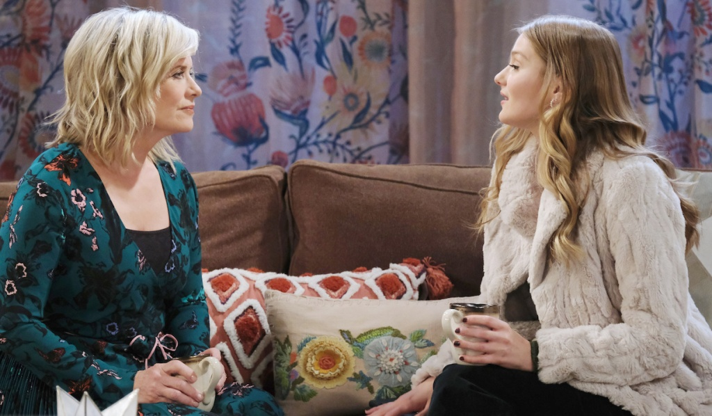 Allie confides in Kayla on Days of Our Lives