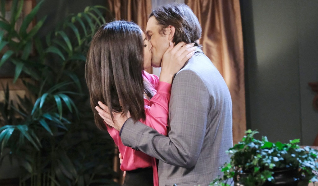 Philip and Gabi kiss on Days of Our Lives
