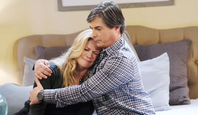 Lucas holds Sami as she cries on Days of Our Lives