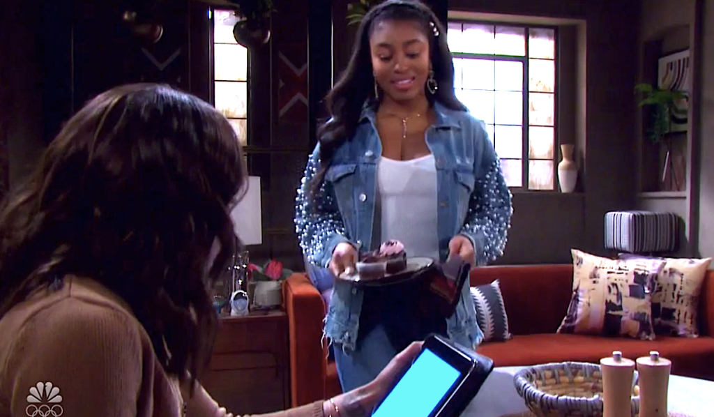Chanel makes Lani cupcakes on Days of Our Lives