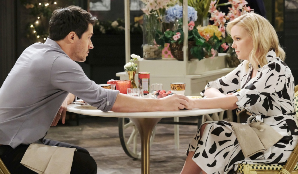 Shawn and Belle sit in Horton Square on Days of Our Lives