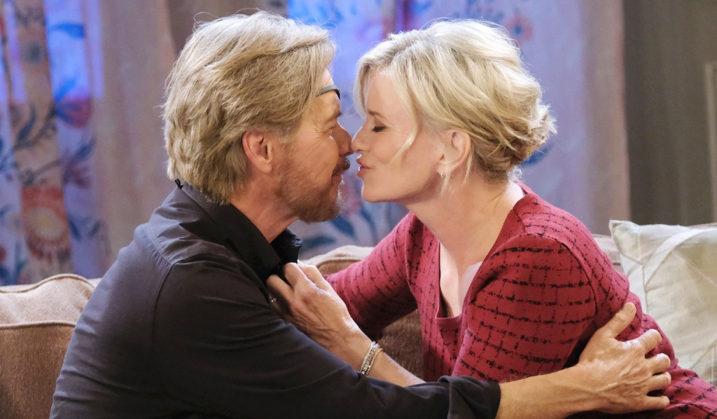Steve and Kayla kiss on Days of Our Lives