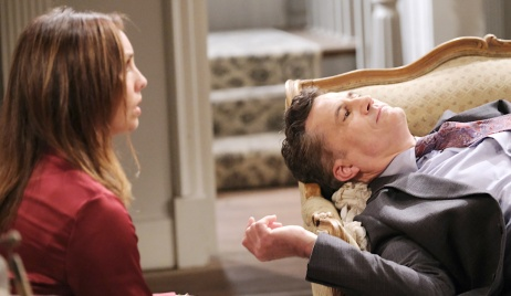 Gwen sits next to Dr. Snyder's lifeless body on Days of Our Lives