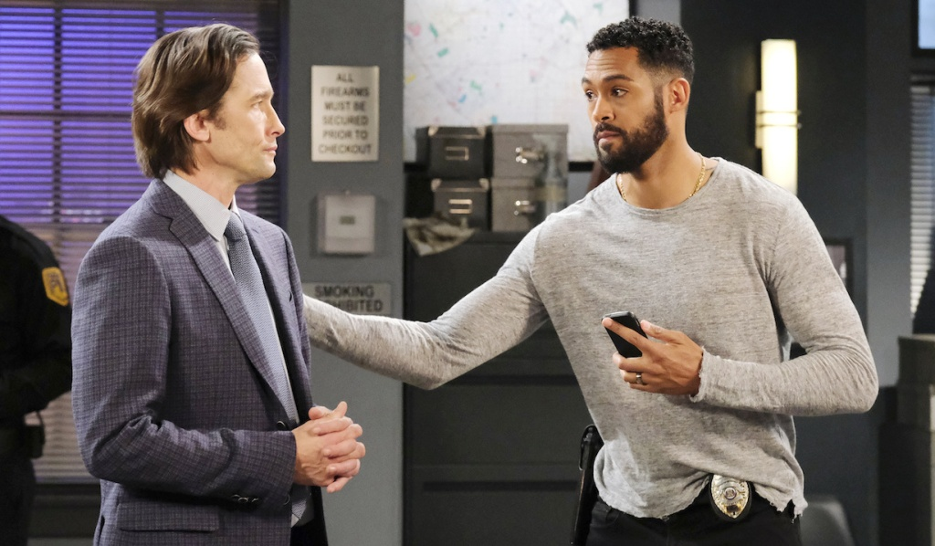 Philip and Eli in the SPD squad room on Days of Our Lives
