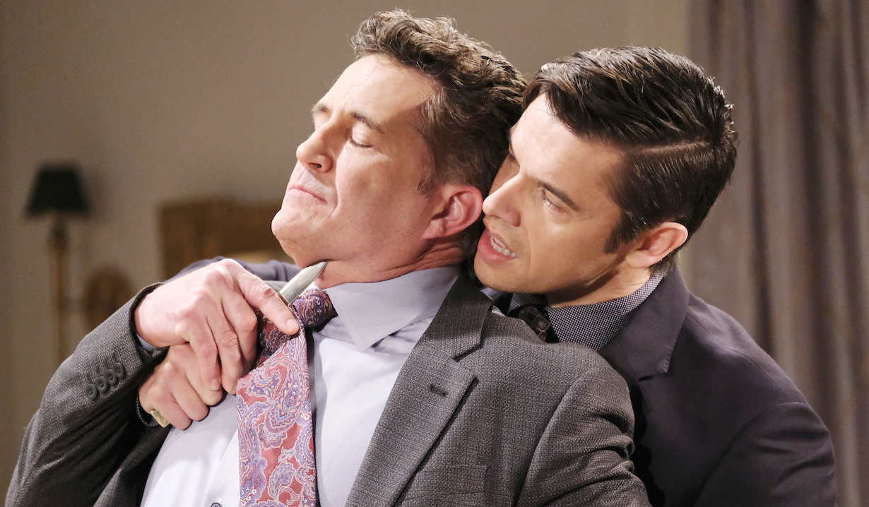 Xander holds knife to Dr. Snyder's throat on Days of Our Lives