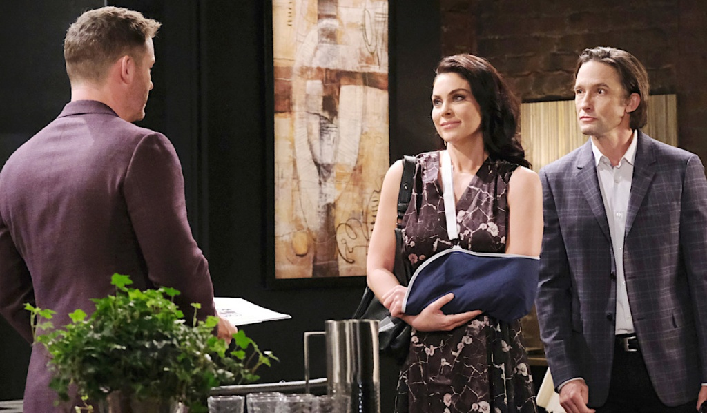 Brady faces Chloe and Phlilip at Basic Black on Days of Our Lives