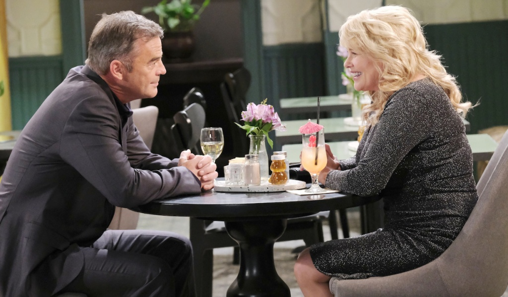 Justin and Bonnie dine at Julie's Place on Days of Our Lives