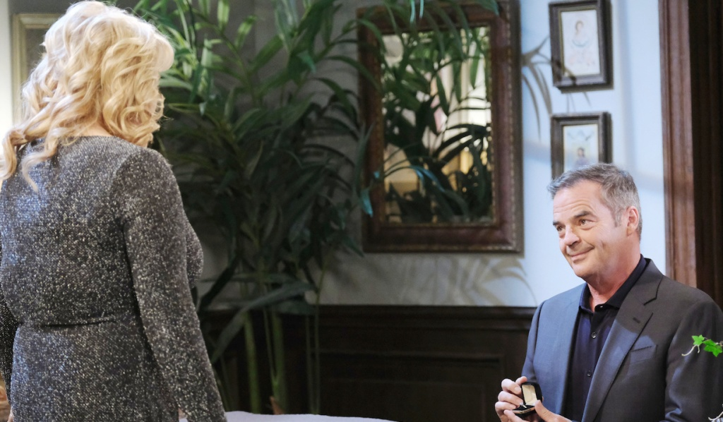 Justin proposes to Bonnie on Days of Our Lives