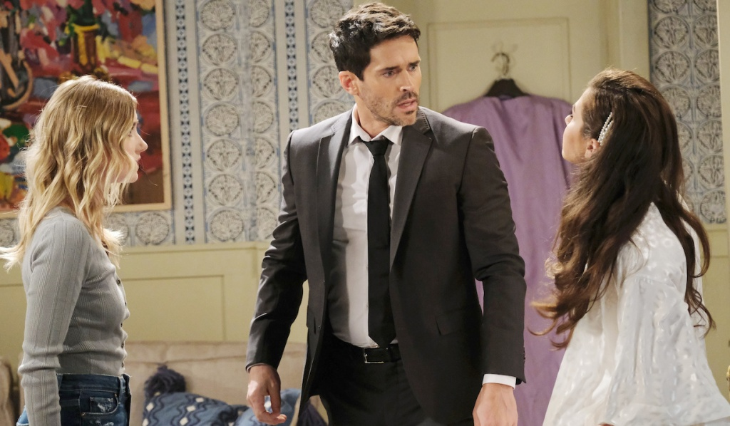 Shawn referees between Claire and Ciara on Days of Our Lives