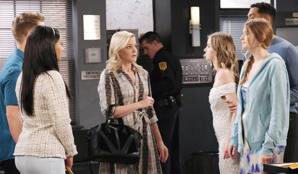 Tripp and Chanel see Allie and Claire at the station on Days of Our Lives