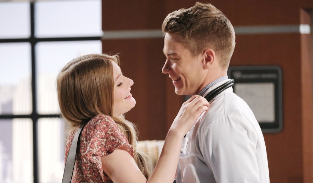 Allie and Tripp flirt at the hospital on Days of Our Lives