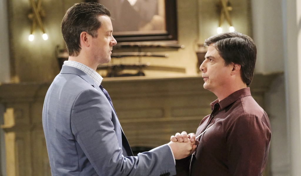 EJ threatens Lucas with a letter opener on Days of Our Lives