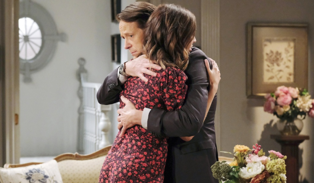 Jack hugs Gwen on Days of Our Lives