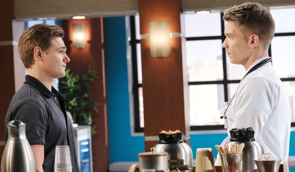 Johnny and Tripp talk at the hospital on Days of Our Lives