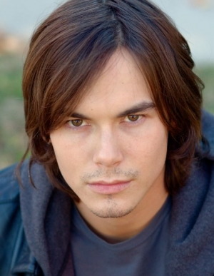 Days Of Our Lives Tyler Blackburn Joins Pretty Little Liars News Soaps Com