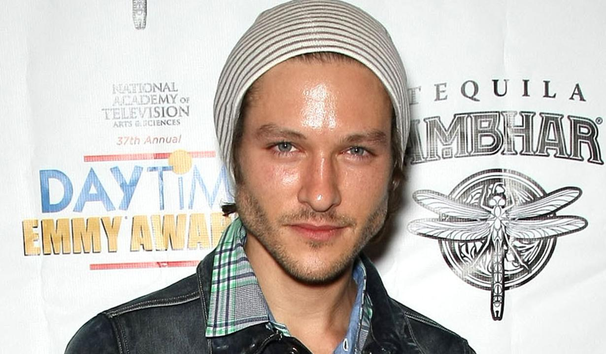 Y R Alum Michael Graziadei To Stitchers News Soaps Com