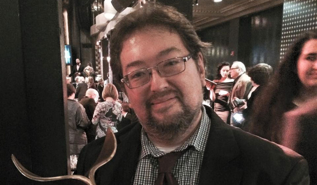 Scott C. Sickles General Hospital Writer