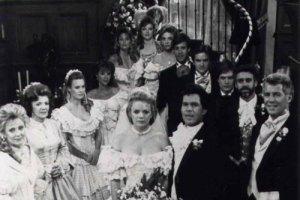 eden-cruz-wedding-santa-bar