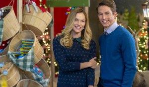 sharing-christmas-hallmark-fh