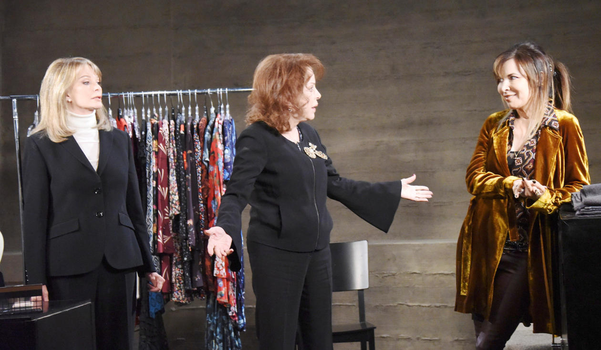 Marlena tries to keep the peace between Vivian and Kate
