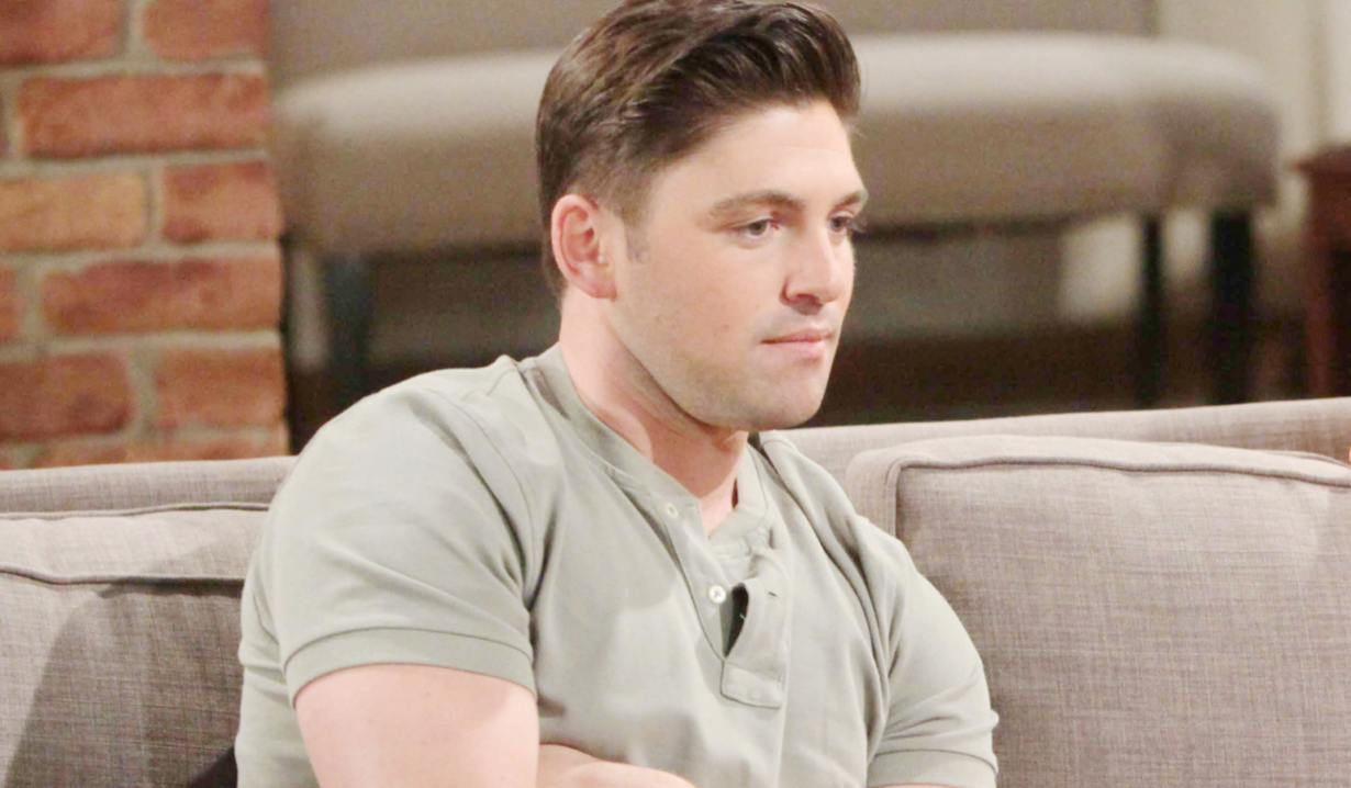 Young& Restless' Noah Newman contemplating
