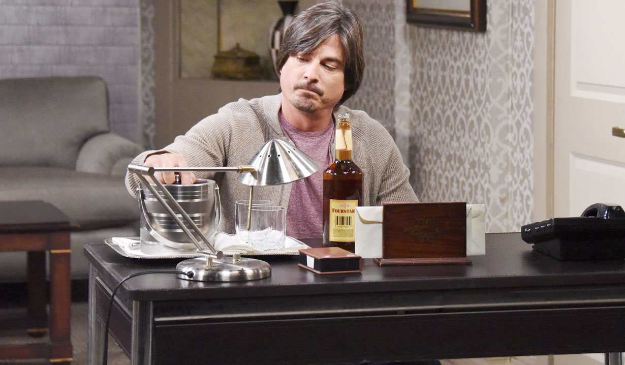lucas' struggle with alcohol on days of our lives