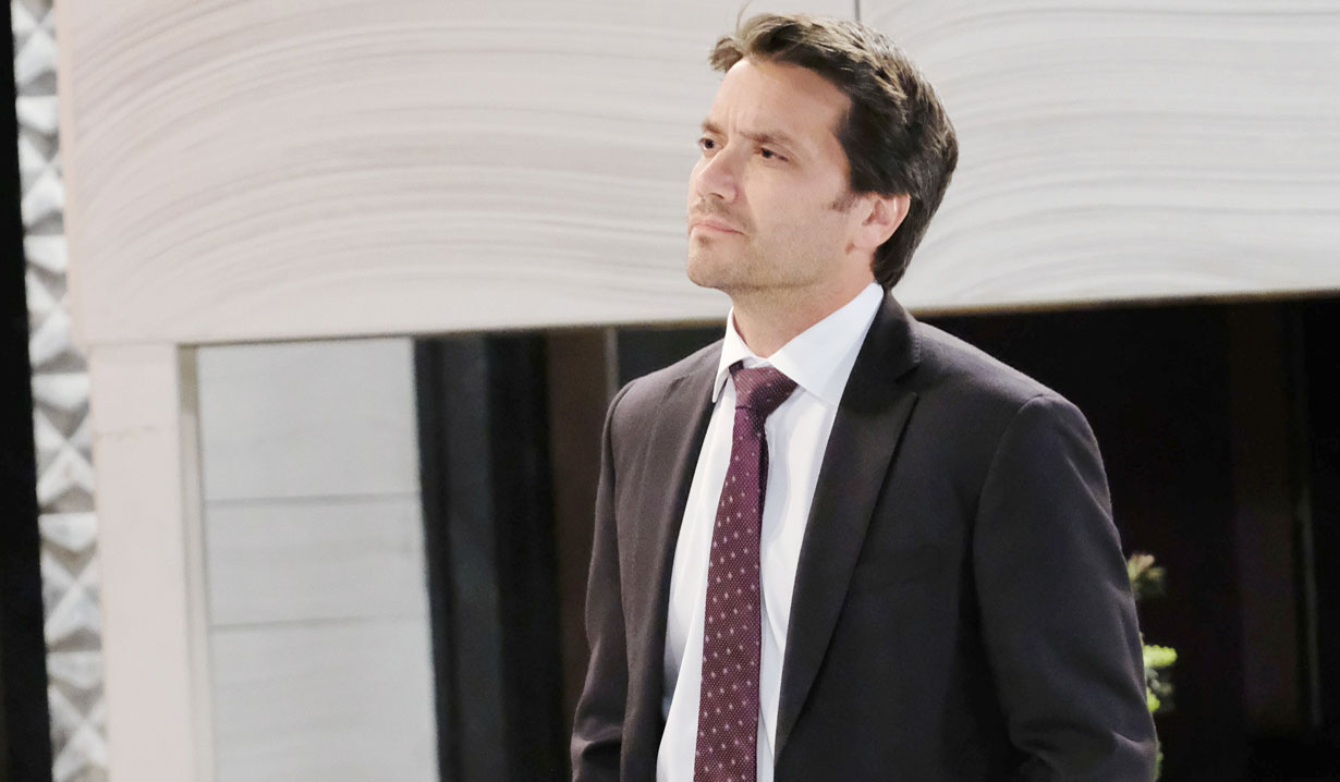 Dominic Zamprogna as Dante Falconeri on General Hospital